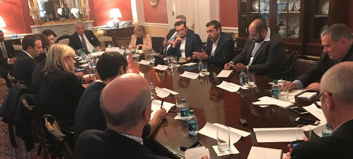 Ο Τσίπρας με μεγάλα ΜΜΕ και funds στις ΗΠΑ -«Η Ελλάδα επιστρέφει»