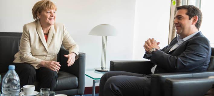 Μια ώρα κράτησε η συνάντηση Τσίπρα – Μέρκελ στις Βρυξέλλες [εικόνες]