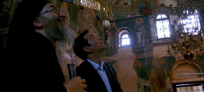 Από παλαιότερη επίσκεψη του Αλ. Τσίπρα στο Αγιο Ορος- Φωτογραφίες: EUROKINISSI/AMEN.GR