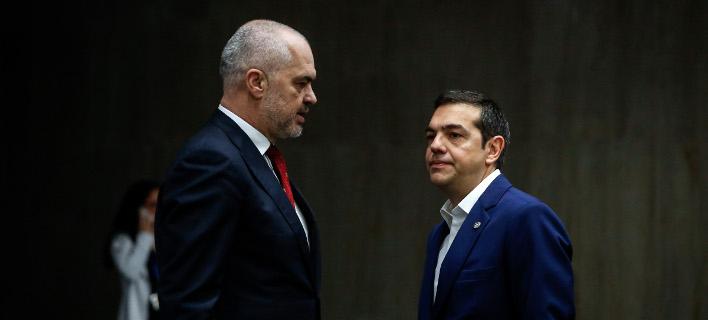 Εντι Ράμα (αριστερά) και Αλέξης Τσίπρας (δεξιά) -Φωτογραφία αρχείου: EU