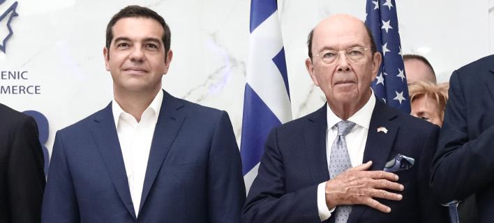 Ο Αλέξης Τσίπρας και ο υπουργός Εμπορίου των ΗΠΑ, Γουίλμπουρ Ρος