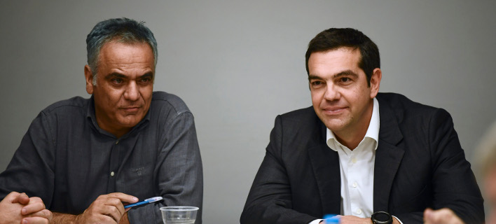 Τσίπρας και Σκουρλέτης χειρίζονται το θέμα της υποψηφιότητας για τον δήμο Αθήνας -Φωτογραφία: Intimenews/ΒΑΡΑΚΛΑΣ ΜΙΧΑΛΗΣ