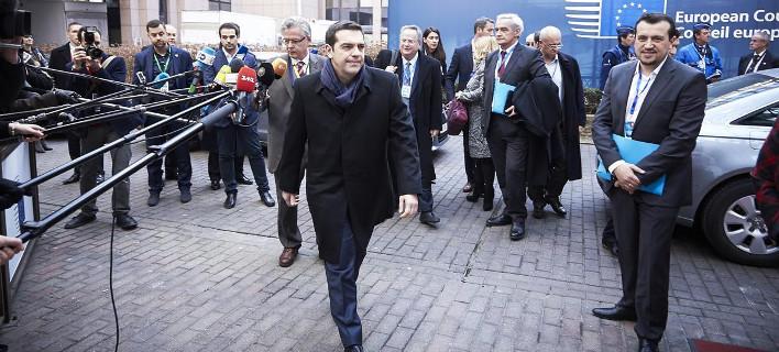 Ολα όσα είπε ο Τσίπρας στο Spiegel: Μηνύματα σε ΕΚΤ, «ολιγάρχες» και Βαρουφάκη