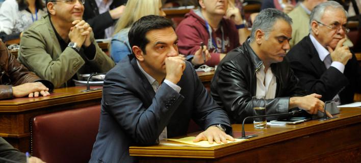 ΣΥΡΙΖΑ σε σταυροδρόμι: Τρόικα, εκλογές και... ατυχείς δηλώσεις δημιουργούν πονοκέφαλο