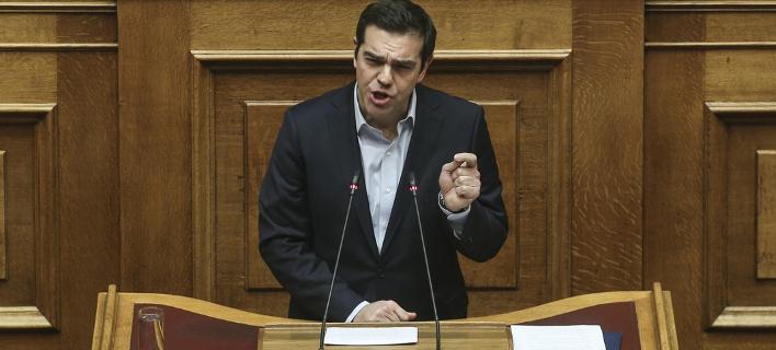 Live: Ο Αλέξης Τσίπρας απαντάει στην πρόταση μομφής της ΝΔ