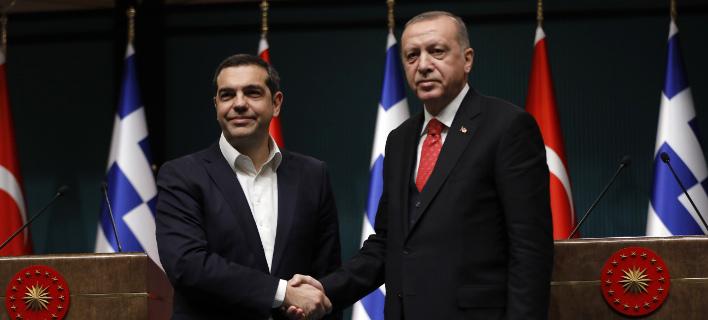 Ο Αλέξης Τσίπρας με τον Ταγίπ Ερντογάν/ Φωτογραφία: AP- Burhan Ozbilici