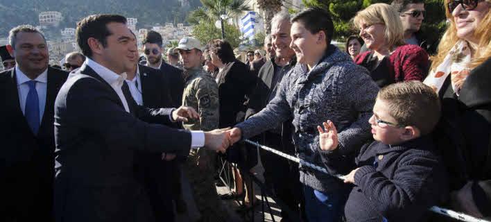 Ο Αλέξης Τσίπρας στην Κάλυμνο (Φωτογραφία: Γ.Τ. Πρωθυπουργού / Andrea  Bonetti)