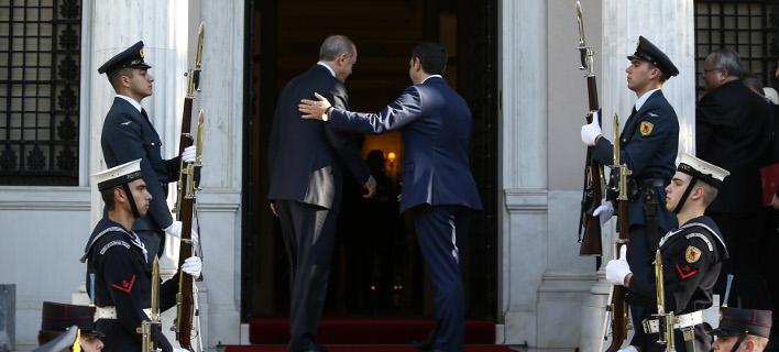 Ο Αλ. Τσίπρας υποδέχεται στο Μαξίμου τον Ρ. Ερντογάν -Φωτογραφία: Intimenews/ΛΙΑΚΟΣ ΓΙΑΝΝΗΣ