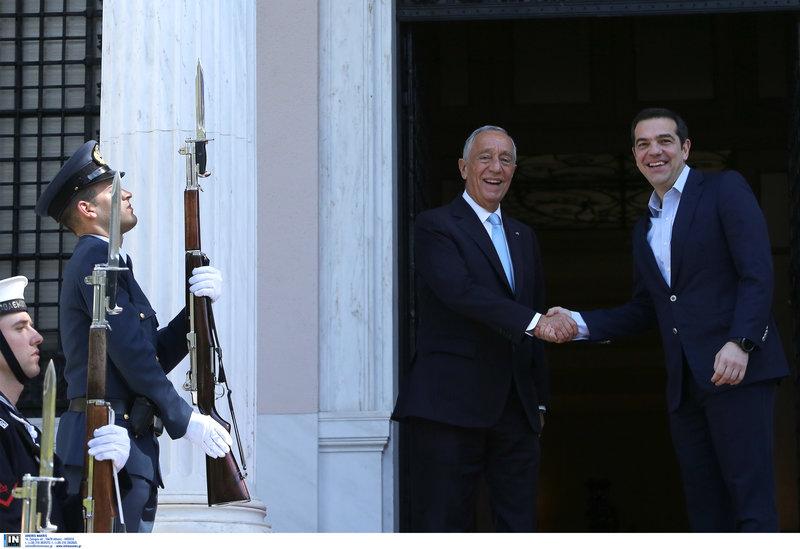 Τσίπρας σε Πορτογάλο πρόεδρο: Θετικό παράδειγμα για την Ελλάδα η Πορτογαλία
