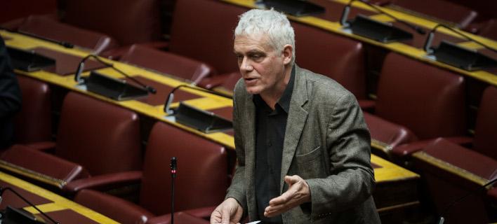 Ο βουλευτής Β' Αθήνας και νυν υποψήφιος δήμαρχος Αθηναίων με τους «Οικολόγους πράσινους», Γιάννης Τσιρώνης /Φωτογραφία: EUROKINISSI