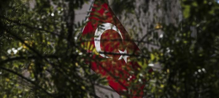 Τουρκία: Δεκάδες προσαγωγές πιλότων της Πολεμικής Αεροπορίας