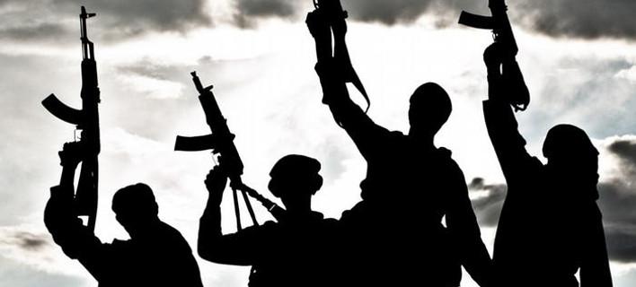 El Mundo: Η Ευρώπη μεταξύ ισλαμισμού και λαϊκισμού