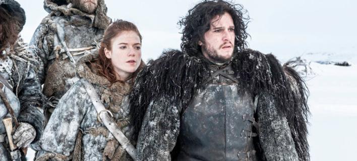 To ζευγάρι στα γυρίσματα της σειράς / Φωτογραφία: HBO