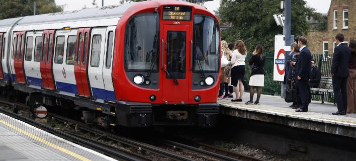 Αδικαιολόγητος πανικός σε τρένο στο Λονδίνο (Φωτογραφία αρχείου: AP/ Kirsty Wigglesworth)