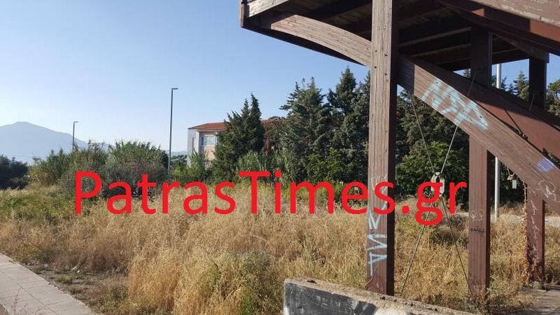 To σπίτι του άνδρα που απειλεί να αυτοκτονήσει/ Φωτογραφία patrastimes