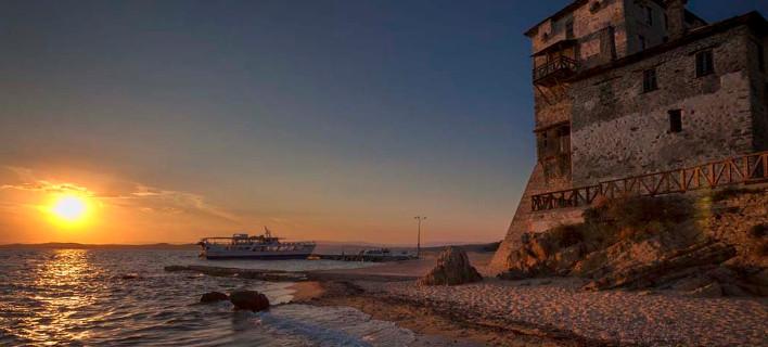 Δέχεται μια συνεχώς αυξανόμενη τουριστική επιβατική κίνηση, φωτογραφία: dimosaristoteli.gr