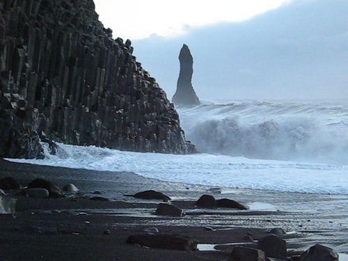 Μια παραλία σκέτο... ηφαίστειο στην Ισλανδία