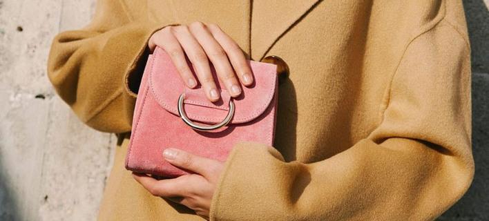 Η νέα It bag /Φωτογραφία: Little Liffner