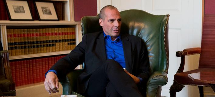 Βαρουφάκης: Εγκαταλείπεται το αίτημα για διαγραφή χρέους