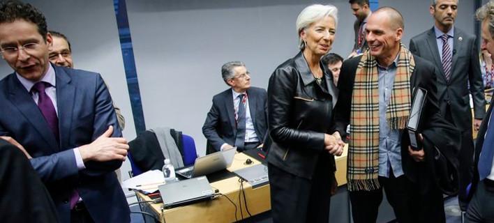 Εχθρικό κλίμα στις Βρυξέλλες αλλά στο βάθος φαίνεται συμφωνία