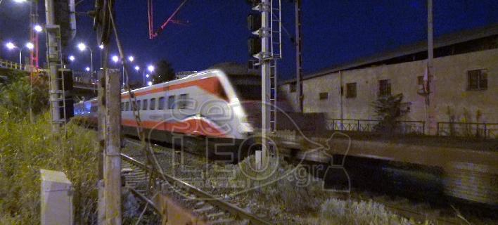 Εφτασε στη Θεσσαλονίκη υπό άκρα μυστικότητα το «ασημένιο βέλος» -Αθήνα-Θεσσαλονίκη σε 3,5 ώρες [εικόνες & βίντεο]