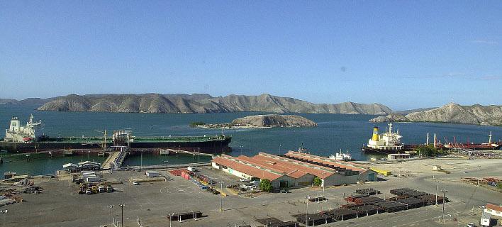 Απαγόρευση απόπλου από τα λιμάνια της Βενεζουέλας/ Φωτογραφία: AP- FERNANDO LLANO
