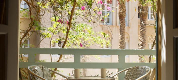 5 ιδέες για να έχετε τέλεια σκιά στη βεράντα σας