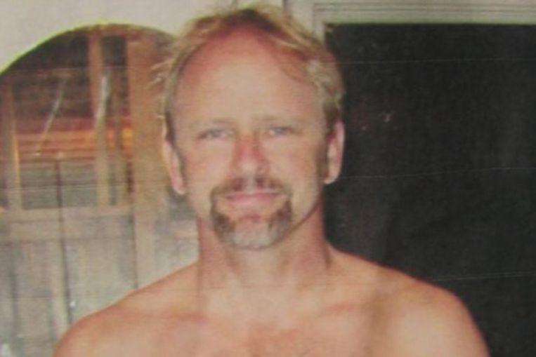 To θύμα της στυγερής δολοφονίας, Κρις Ρέγκαν