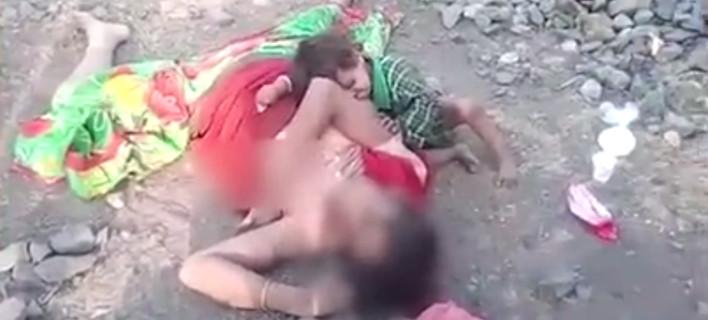 Βίντεο γροθιά στο στομάχι -Μωρό στην Ινδία θηλάζει από την νεκρή μητέρα του [βίντεο]
