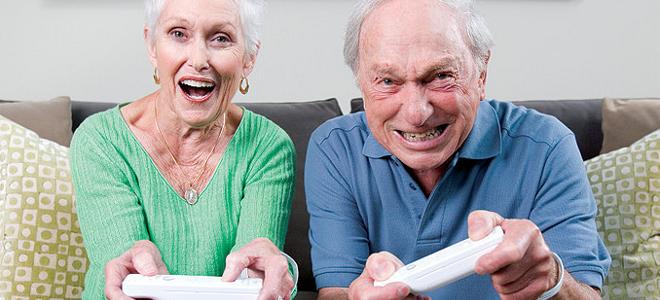 Δώστε στους παππούδες σας video games: Κρατούν τον εγκέφαλο υγιή και σε εγρήγορσ