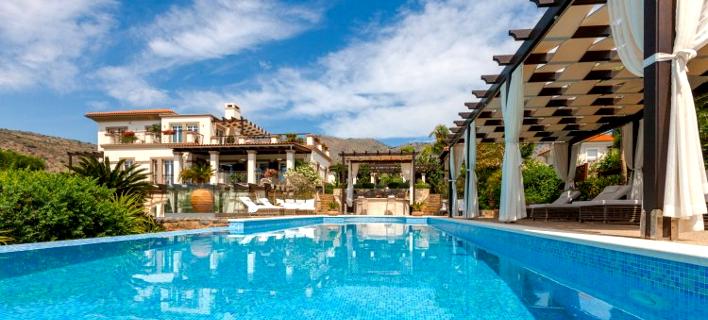 Φωτογραφία: sothebysrealty.gr/ Θυμίζει Μπέβερλι Χιλς αλλά είναι στην... Κρήτη- Αυτό το εξωτικό παλάτι πωλείται αντί 10,5 εκατ. ευρώ [εικόνες]