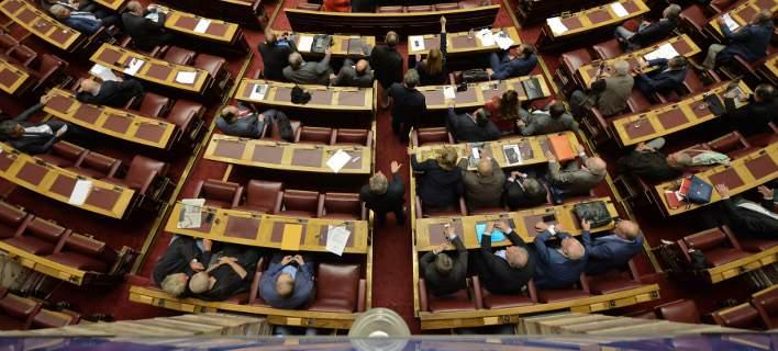 Στα πρόθυρα νευρικής κρίσης οι υπουργοί ενόψει... ανασχηματισμού -Αλλαγές επικεφαλής σε 6 υπουργεία