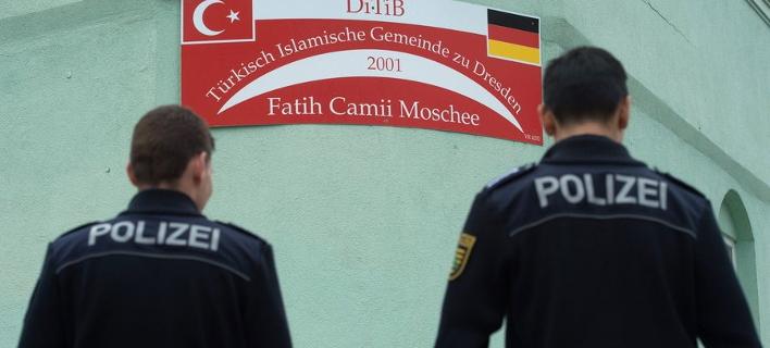 Συναγερμός στη Γερμανία: Εξερράγησαν βόμβες σε τζαμί και συνεδριακό κέντρο στη Δρέσδη