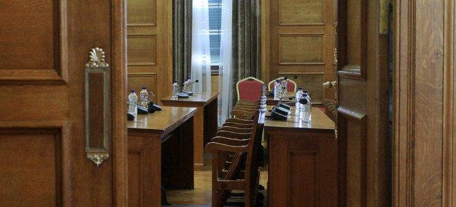 Τέλος οι τσάμπα καφέδες για τους βουλευτές στις επιτροπές -Οποιος βουλευτής θέλε