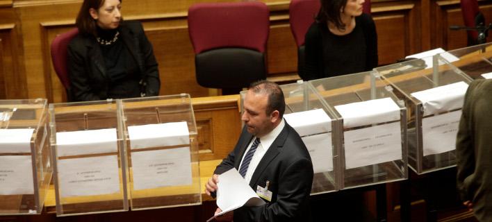 10 κάλπες θα στηθούν στην προανακριτική για τη Novartis στη Βουλή  /Φωτογραφία: Eurokinissi