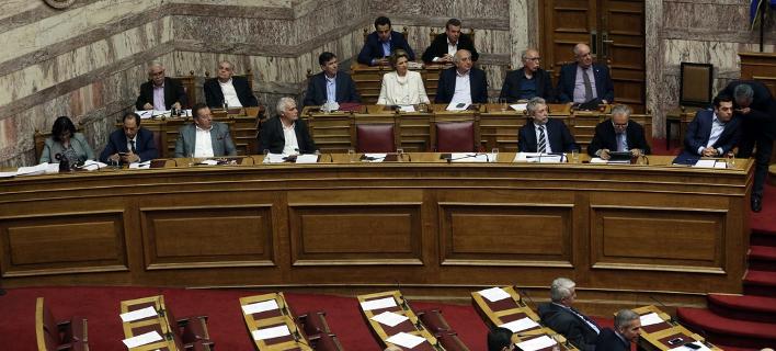 Με μέτρα 4,5 δις ευρώ, χωρίς ρήτρα χρέους, έρχεται το συμπληρωματικό Μνημόνιο στη Βουλή