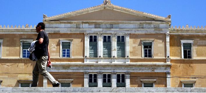 Την Τρίτη στη Βουλή το πολυνομοσχέδιο (Φωτογραφία: EUROKINISSI/ ΓΙΩΡΓΟΣ ΚΟΝΤΑΡΙΝΗΣ)