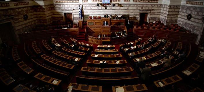 Αρθρο-φωτιά για την πολιτική αστάθεια στην Ελλάδα από τους New York Times (Menelaos Myrillas / SOOC)