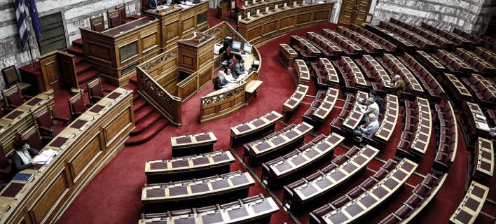Δόθηκαν στη δημοσιότητα τα «πόθεν έσχες» των πολιτικών -Σε λίγο στο σάιτ της Βουλής