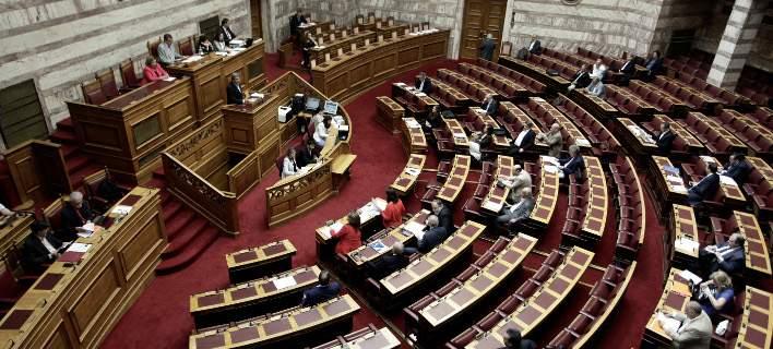 Πέρασε από την επιτροπή της Βουλής η αλλαγή φύλου από τα 15 -Υπέρ ΣΥΡΙΖΑ, ΑΝΕΛ, ΔΗΣΥ, Ποτάμι