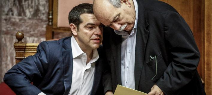 Ο πρόεδρος της Βουλής θα παραδώσει την Τετάρτη στον πρωθυπουργό τους 4 τόμους του Φακέλου της Κϋπρου -Φωτογραφία αρχείου: EUROKINISSI/ΓΙΩΡΓΟΣ ΚΟΝΤΑΡΙΝΗΣ