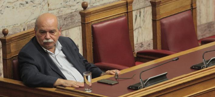 Ο Νίκος Βούτσης (Φωτογραφία: EUROKINISSI/ ΧΡΗΣΤΟΣ ΜΠΟΝΗΣ)