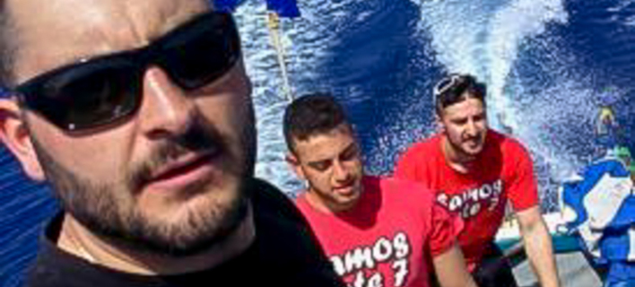 Φωτογραφία: INTIME- Οι 3 άνδρες από τους Φούρνους που ύψωσαν την σημαία