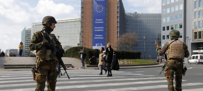 Τρόμος πάνω από την Ευρώπη -Συλλήψεις τρομοκρατών σε Βρυξέλλες και Παρίσι