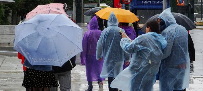 Σκηνικό χειμώνα: Βροχές και καταιγίδες και την Κυριακή