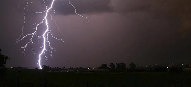 Ραγδαία επιδείνωση καιρού από το βράδυ - Βροχές, καταιγίδες και χιόνια παντού