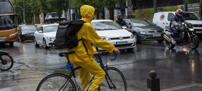 Βροχές την Κυριακή σε πολλές περιοχές /Φωτογραφία: EUROKINISSI