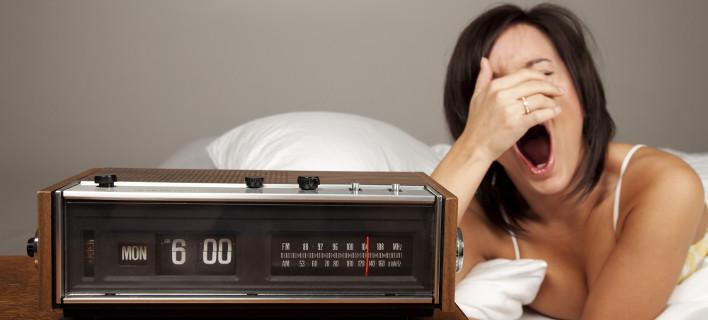 Πώς να ξυπνήσετε νωρίς και γεμάτοι ενέργεια -8 συμβουλές για να ξεκινήσει καλύτερα η μέρα