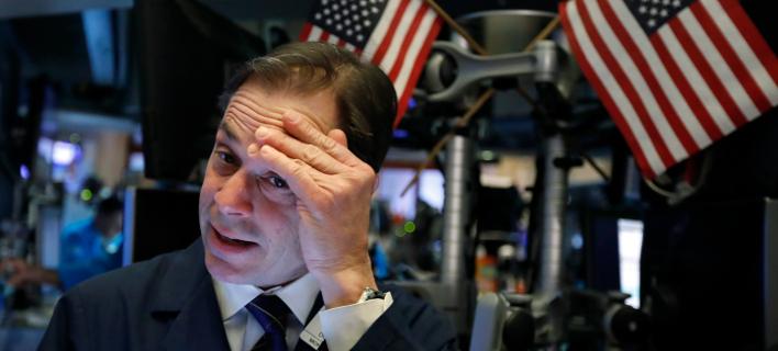 Μεγάλη πτώση στην Wall Street (AP Photo/Richard Drew)