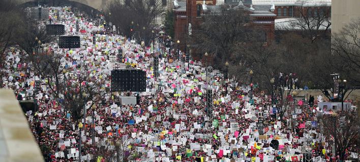 Σείστηκε η Αμερική από τις διαδηλώσεις κατά του Τραμπ -Πάνω από 2 εκατ. πολίτες στους δρόμους [εικόνες & βίντεο]